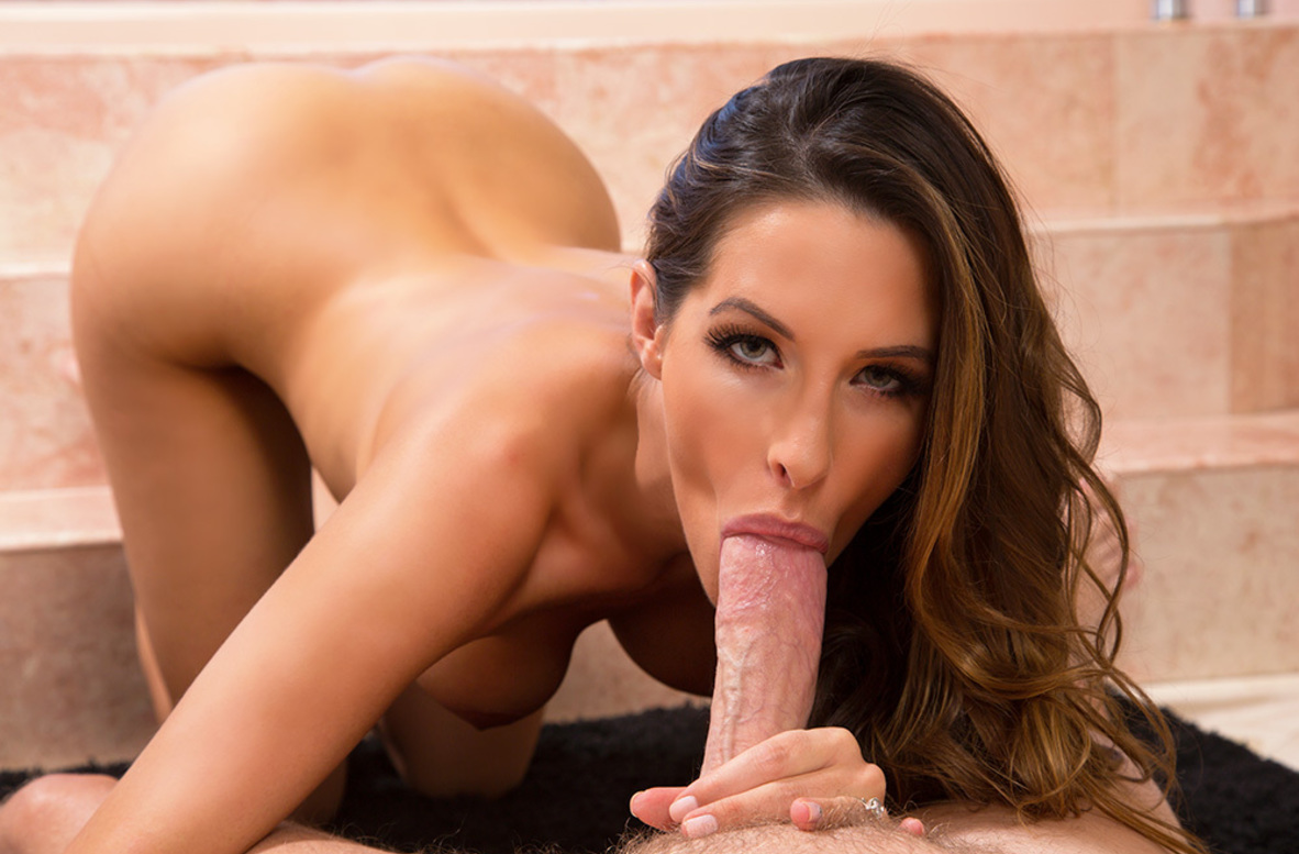 Watch Kortney Kane and Mark Wood video in Housewife 1 on 1
