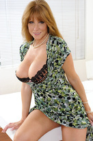 Darla Crane starring in Friend's Momporn videos with American and Average Body