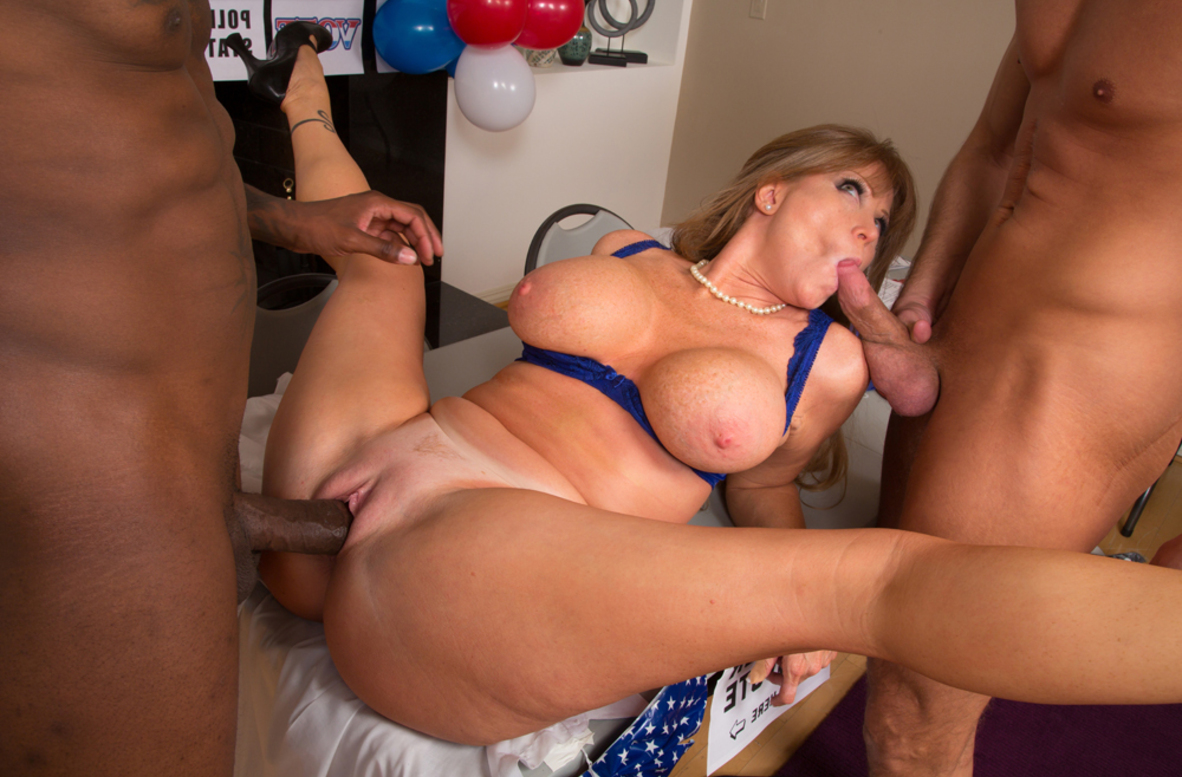 Watch Darla Crane, Bill Bailey and Jon Jon video in My Friend's Hot Mom