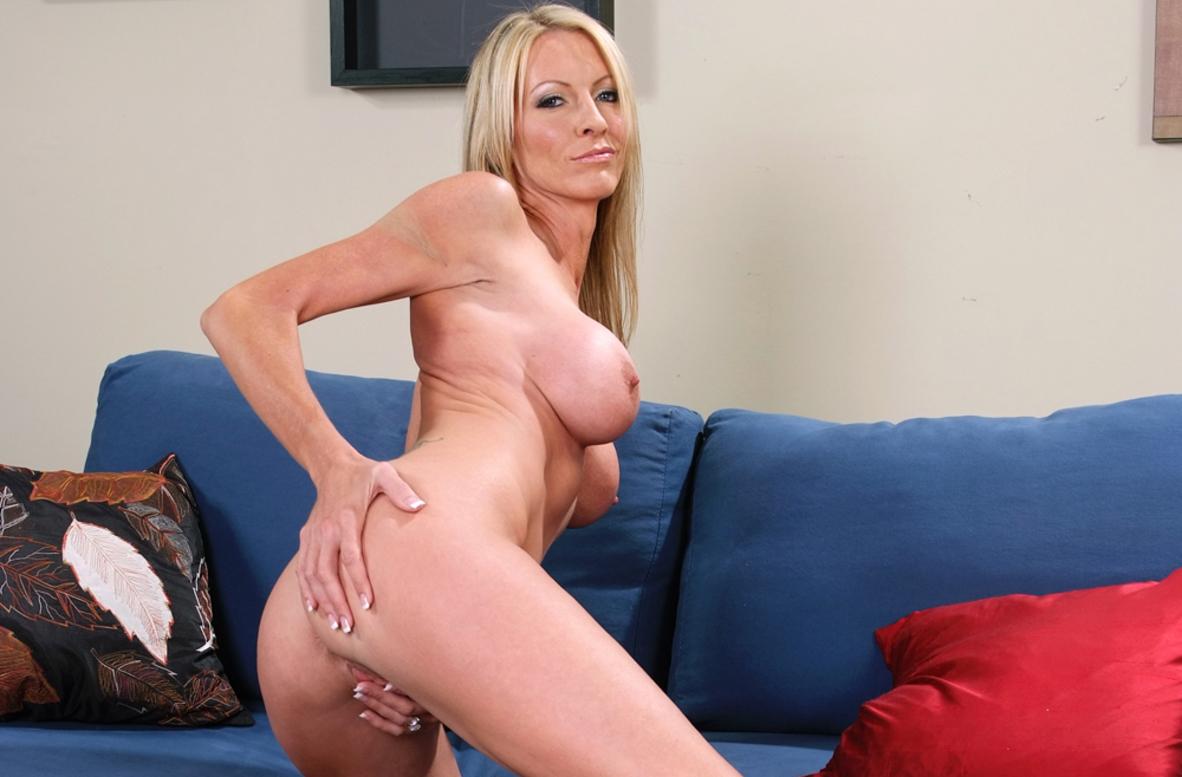 Emma Starr Porn Pics