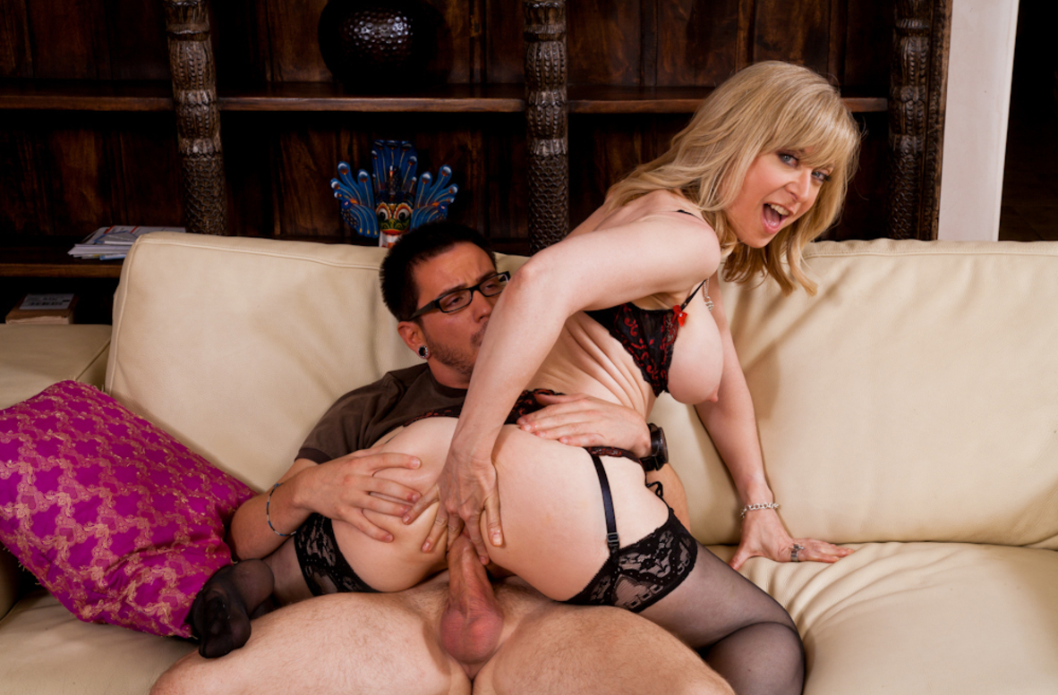 Watch Nina Hartley and Dane Cross video in My Friend's Hot Mom