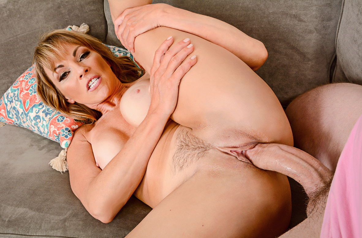 Watch Shayla LaVeaux and Van Wylde 4K video in My Friend's Hot Mom