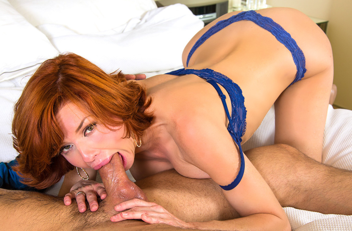 Watch Veronica Avluv and Alan Stafford 4K video in My Friend's Hot Mom