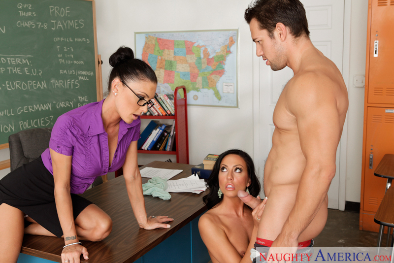 Jessica Jaymes fucking in the classroom with her tattoos - Sex Position 1