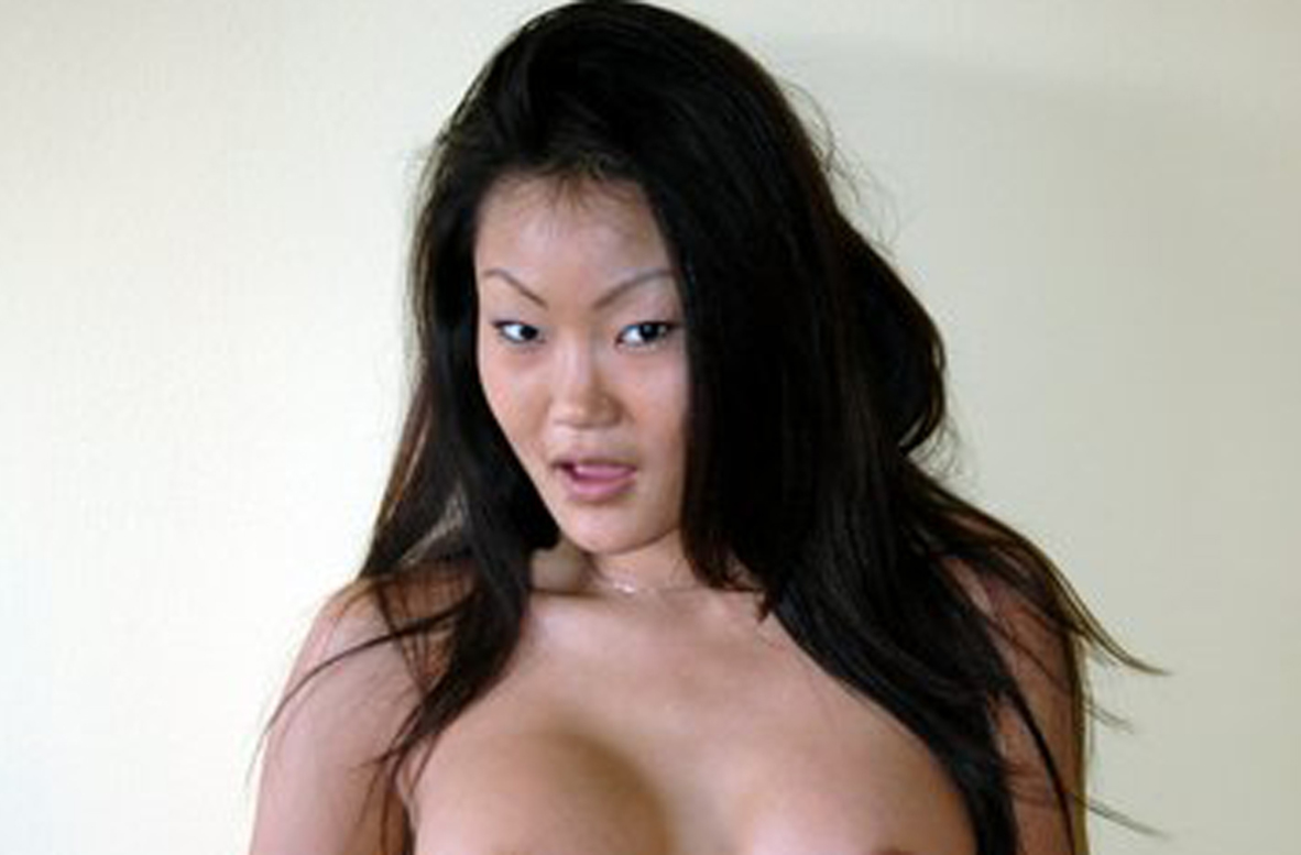 Asian wives have sex vacation