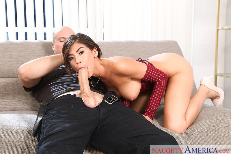 Heather Vahn fucking in the living room with her innie pussy - Sex Position 2
