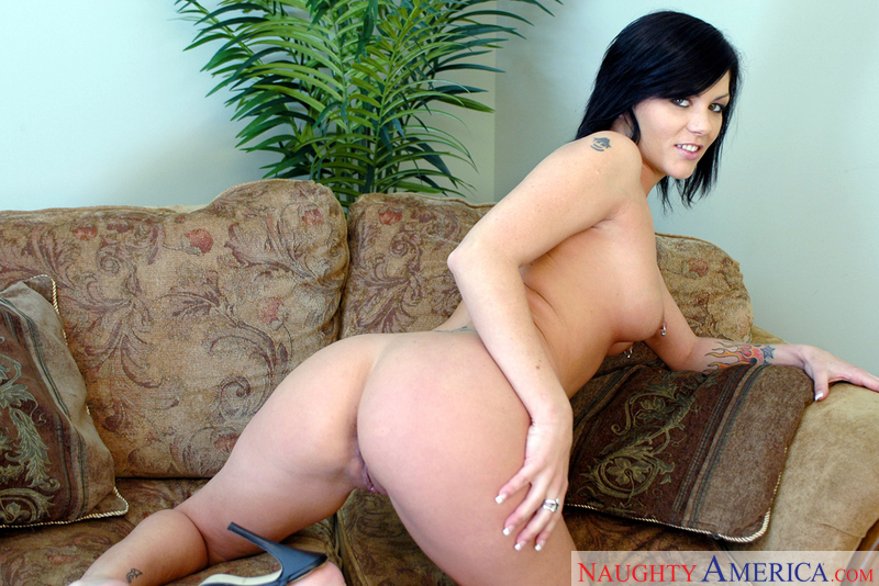 Jezebelle bond sex on a couch