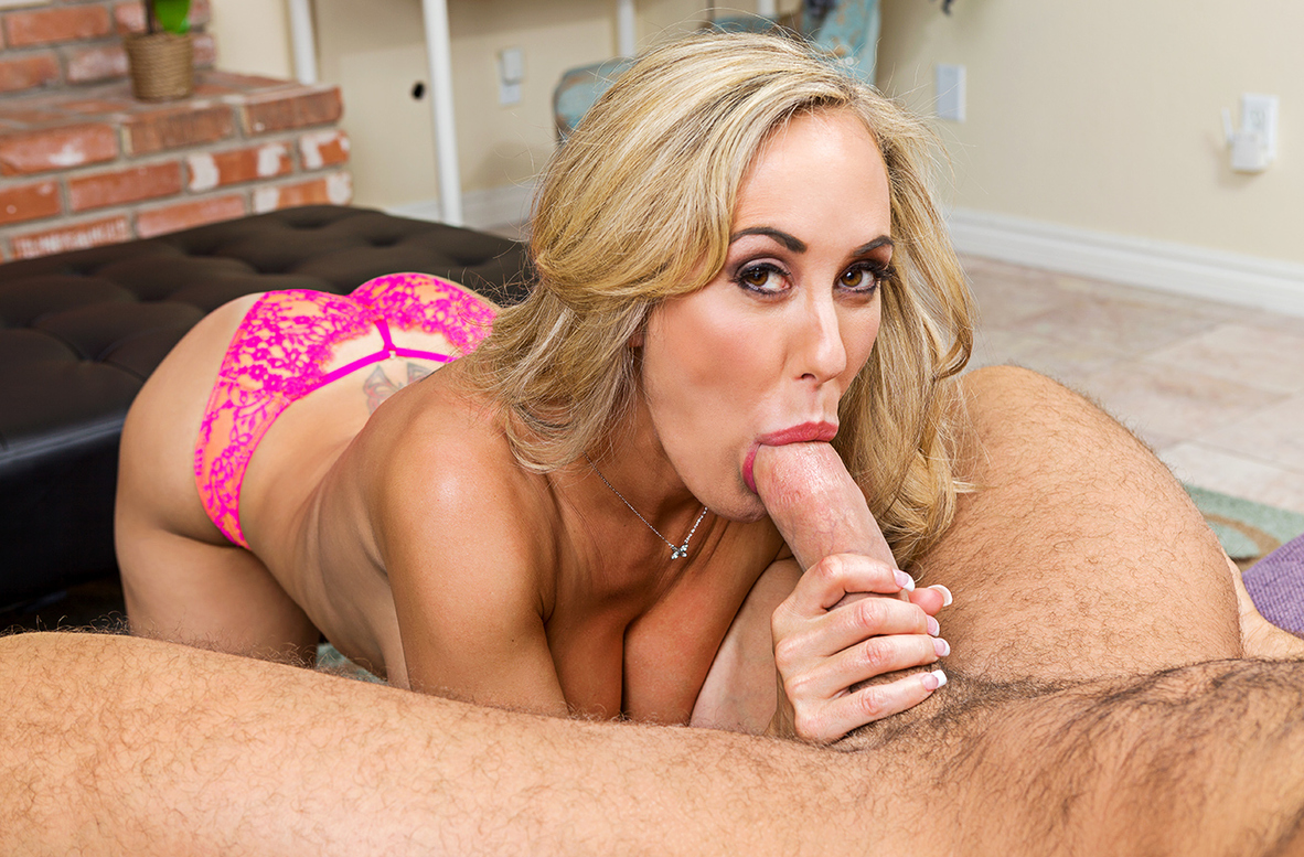 Watch Brandi Love and Chad White VR video in Naughty America