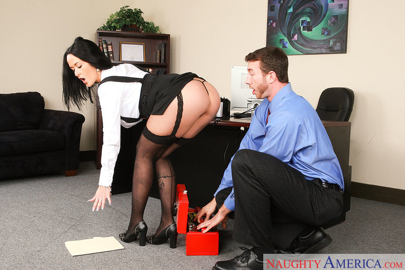 Carmella Bing Gives IT Guy His 'Breast' Office Day Ever - Sex Position 1