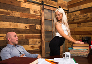 Elsa Jean & Derrick Pierce in Naughty Office