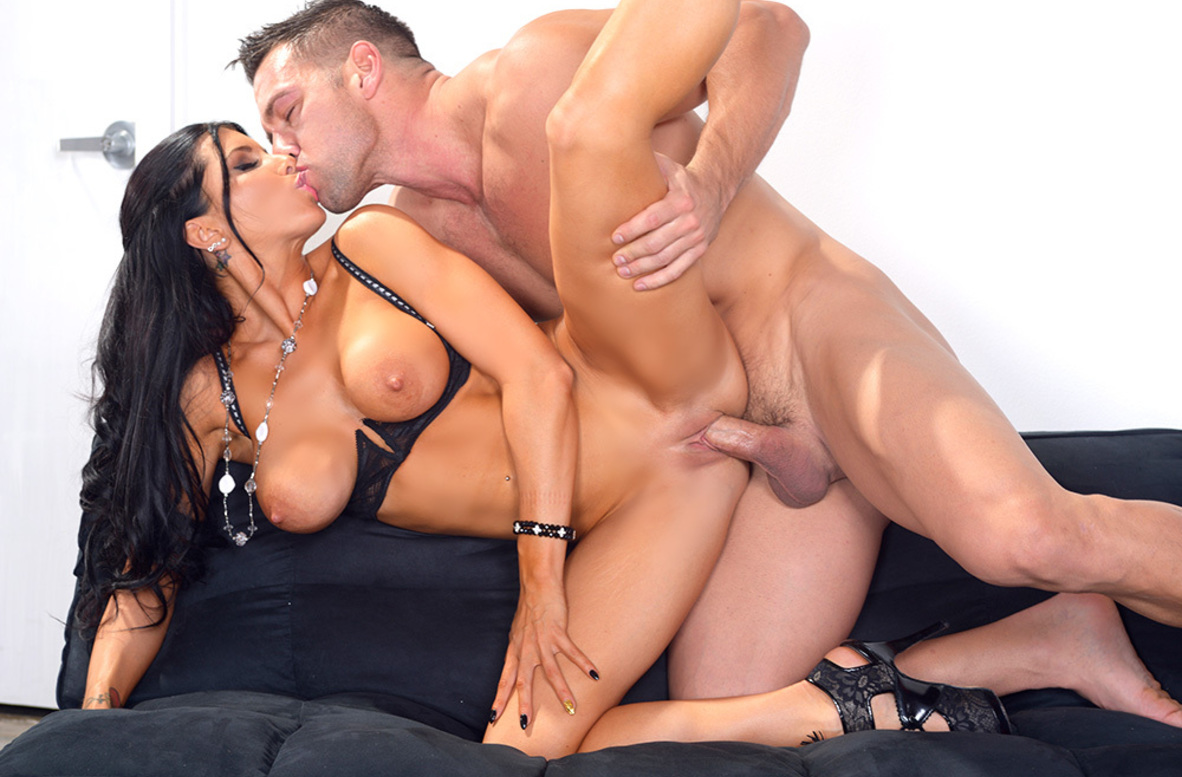 Watch Romi Rain and Johnny Castle 4K video in Naughty Office