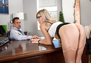 Zoey Monroe & Johnny Castle in Naughty Office