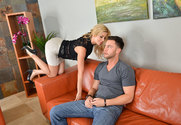 Alexis Fawx & Seth Gamble in Seduced By A Cougar