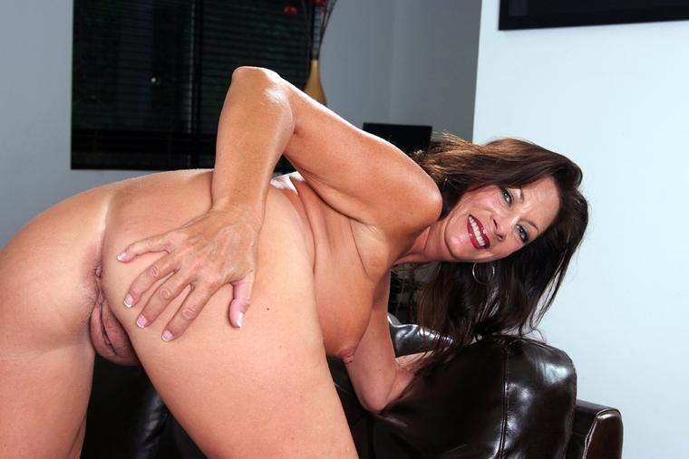 biggest natural tits margo ukraine - Margo Sullivan