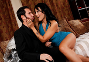 Zoey Holloway & Tommy Pistol in Seduced By A Cougar